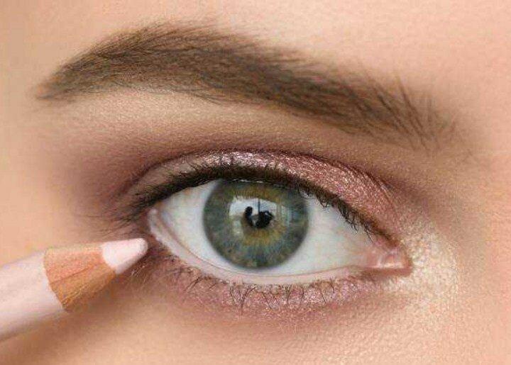 Как визуально увеличить глаза? 5 советов по нанесению макияжа