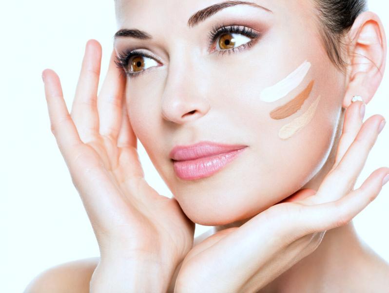 «Создаем» идеальную кожу - 6 правил макияжа