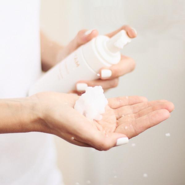 Умывание по типу кожи. Какое средство подойдет вам?