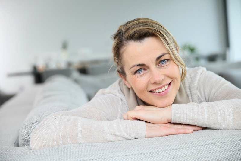 Уже не девушка: как сохранить красивые брови после сорока