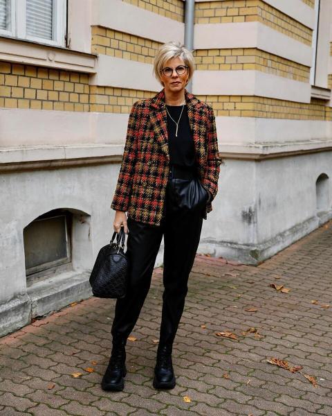 Образы, которые позволят женщине 50+ стать моложе и уверенной в себе