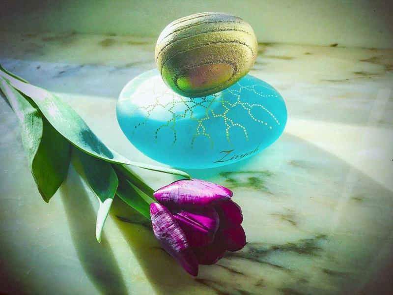 Парфюм с ароматом тюльпанов: какой выбрать