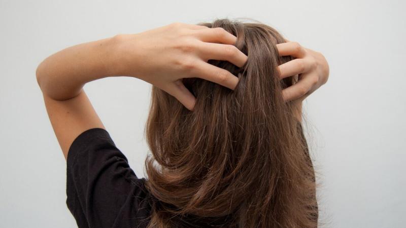 Стимулируем рост волос: основные правила красивой девушки