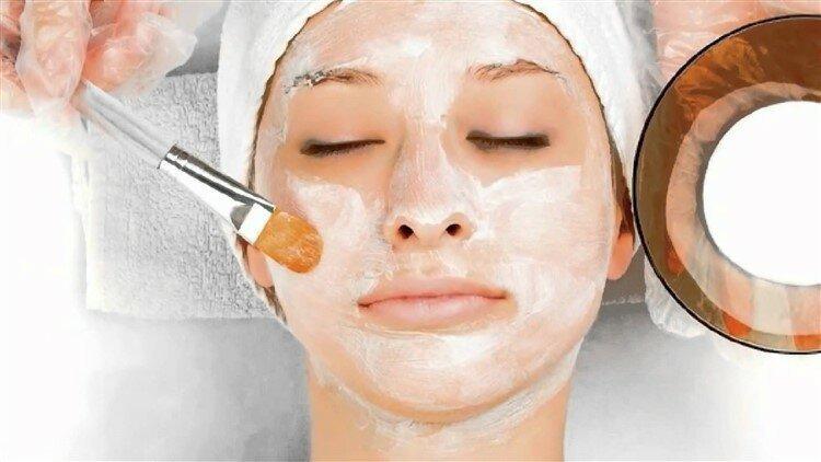 Эта маска избавит от сухой и увядающей кожи