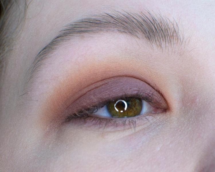 Фиолетовый макияж пошагово   Повседневный цвет или нет?