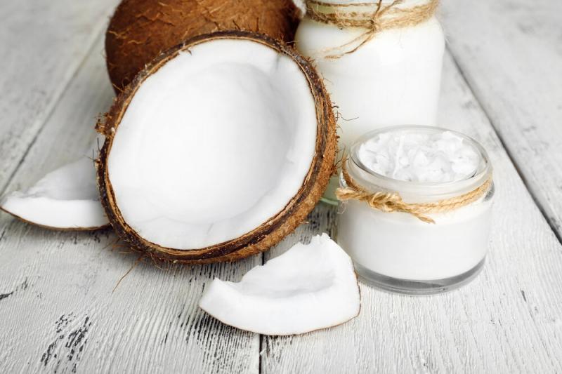 Кокосовое масло: почему полезно и как использовать?