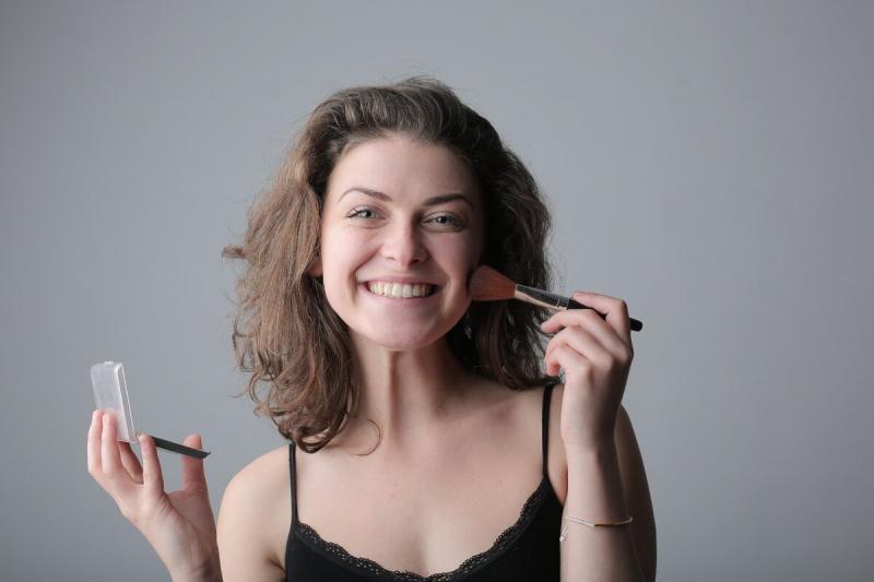 Основные правила омолаживающего макияжа