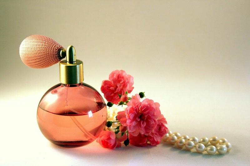 Топ-10 бюджетных ароматов: дёшево и мило
