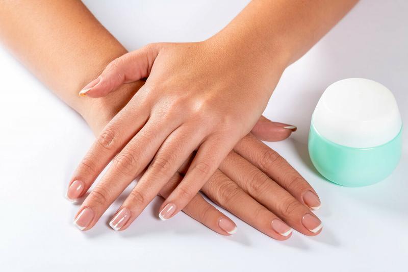 Рецепт крема-маски для сухой и морщинистой кожи рук