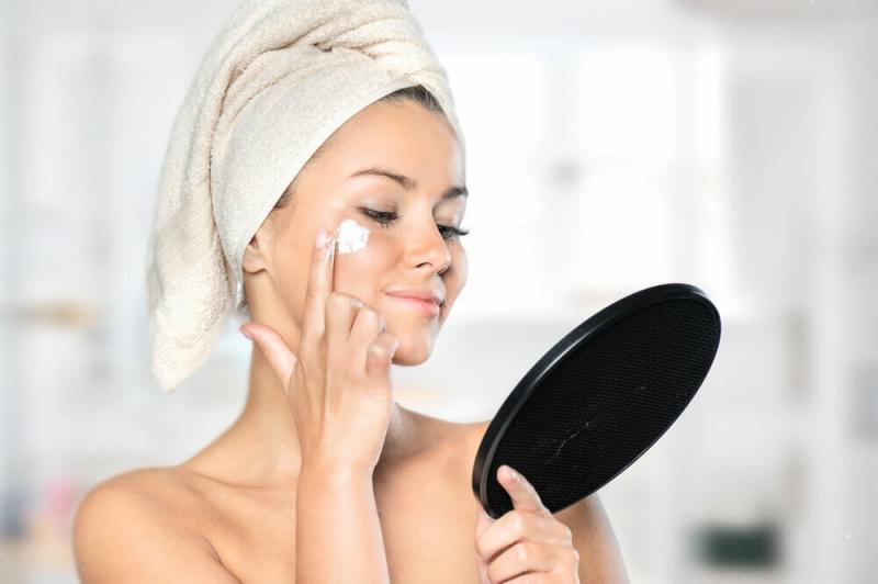 ТОП 5 аптечные крема: для сухой и чувствительной кожи.