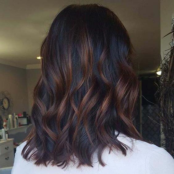 Идеи мелирования на темные волосы для заскучавших брюнеток