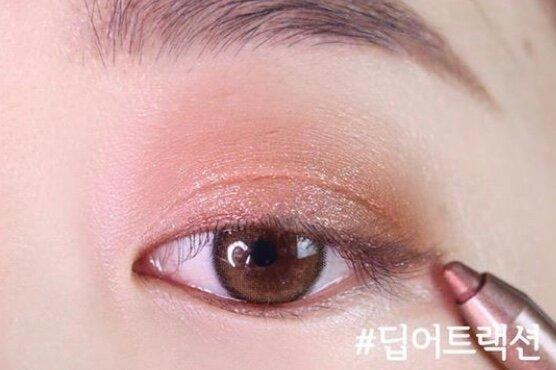 Как сделать макияж глаз, как у корейских девушек
