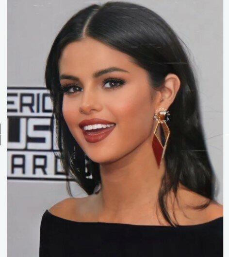 Они красивые, благодаря макияжу и фотошопу: так ли это?