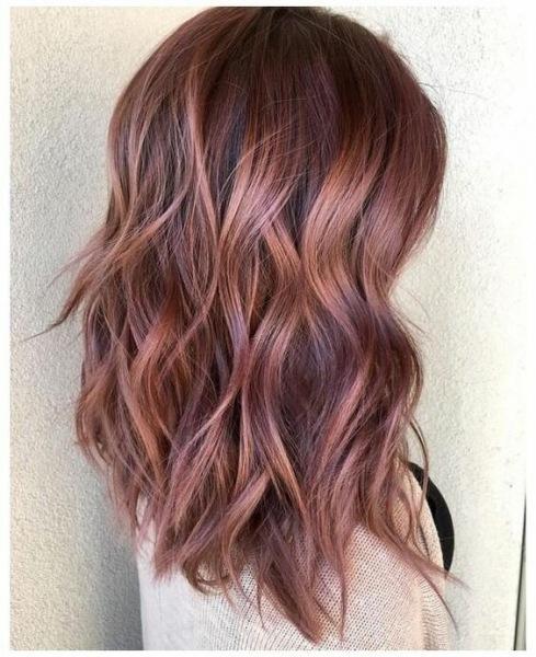 Модный цвет волос весны 2021 года: привлекательные варианты для всех