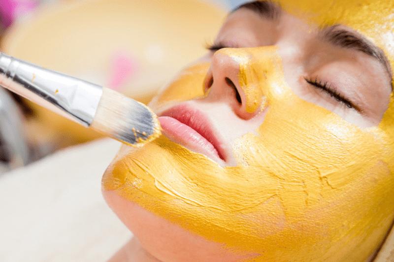 Шесть признаков того, что косметолог Вас обманывает:
