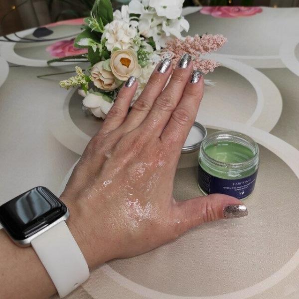 Маска- пленка для красоты рук