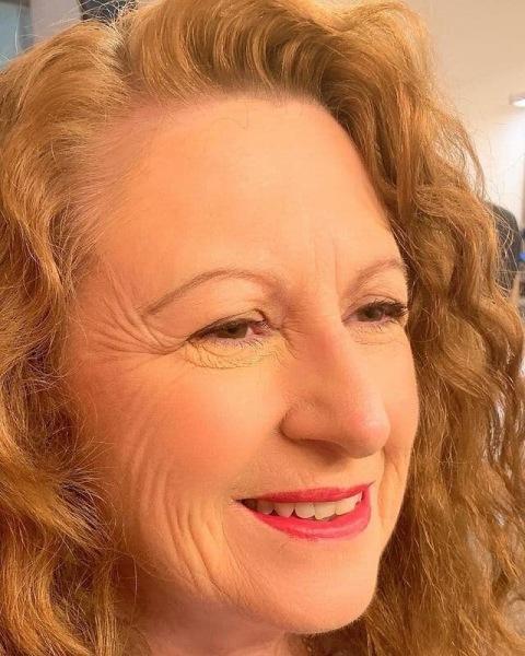 От какого макияжа стоит отказаться женщинам в возрасте