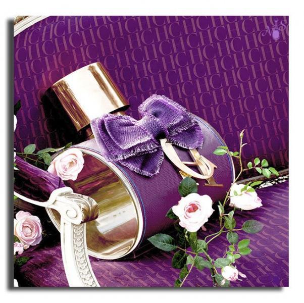 Приятные, женственные духи в фиолетовых флаконах