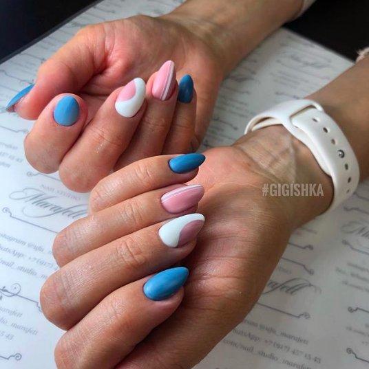 82 идеи розово-голубого маникюра