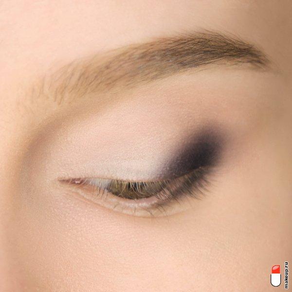 Кисть художника: как использовать акварельную технику в макияже?
