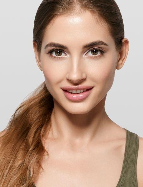 Контуринг овального лица: макияж в 4 шага