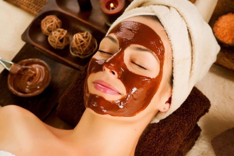 Шоколадная маска для лица: особенности приготовления, полезные свойства и результаты