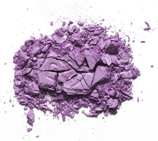 Найди «cвой» фиолетовый: как подобрать тени по цвету глаз?
