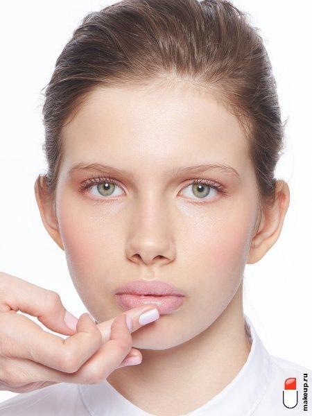 Бальзам для губ: виды, правила выбора и применения