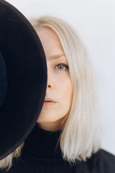 Царство холода: платиновый блонд