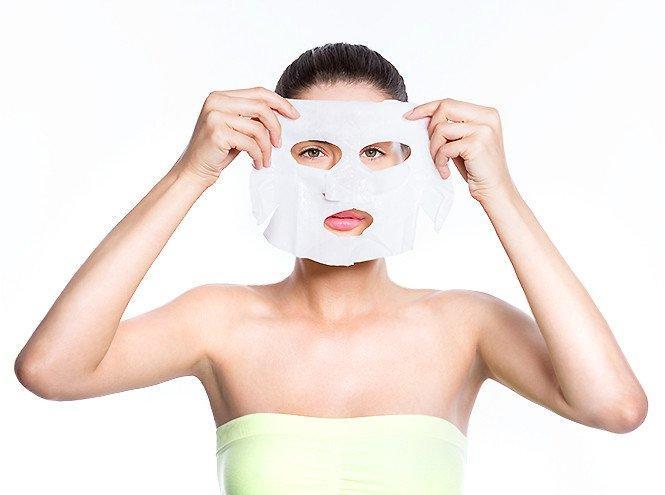 Чем тканевые маски лучше любых других и как выбрать самую подходящую для своего типа кожи