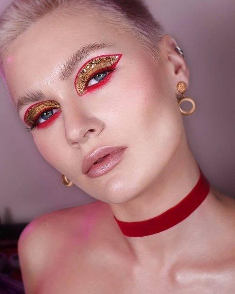 Хорошее настроение: создание модного новогоднего образа - 2021