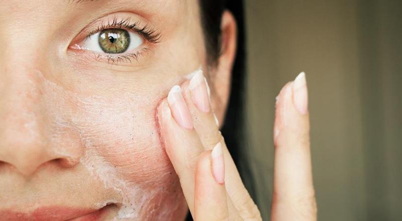 Как правильно пользоваться скрабом для лица