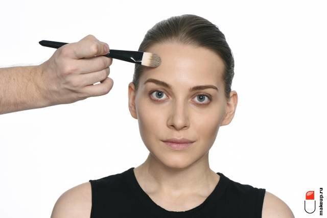 Макияж для девушек с пепельными волосами: как повторить?