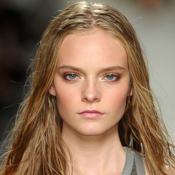 Стробинг: макияж, который преобразит твое лицо всего за5 минут