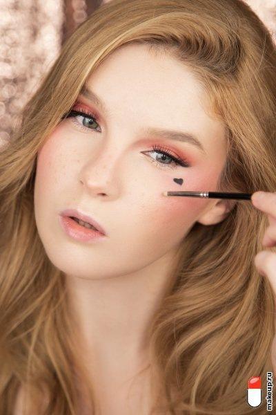 Стиль soft girl: макияж, маникюр, прически